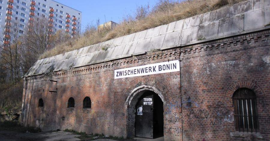 fort w poznaniu zwiedzanie
